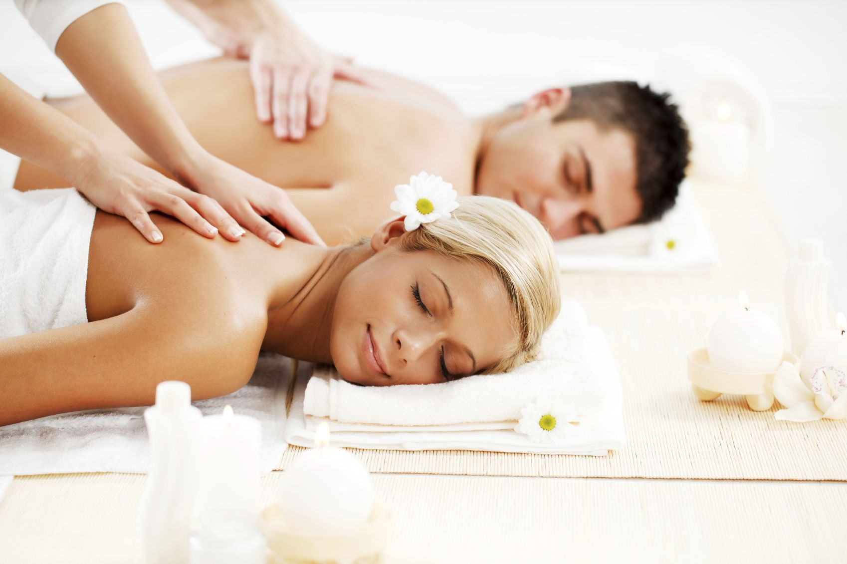 7 Active Dates For Valentine S Day Get Healthy U Couples Massage Spa Massage Massage Envy
