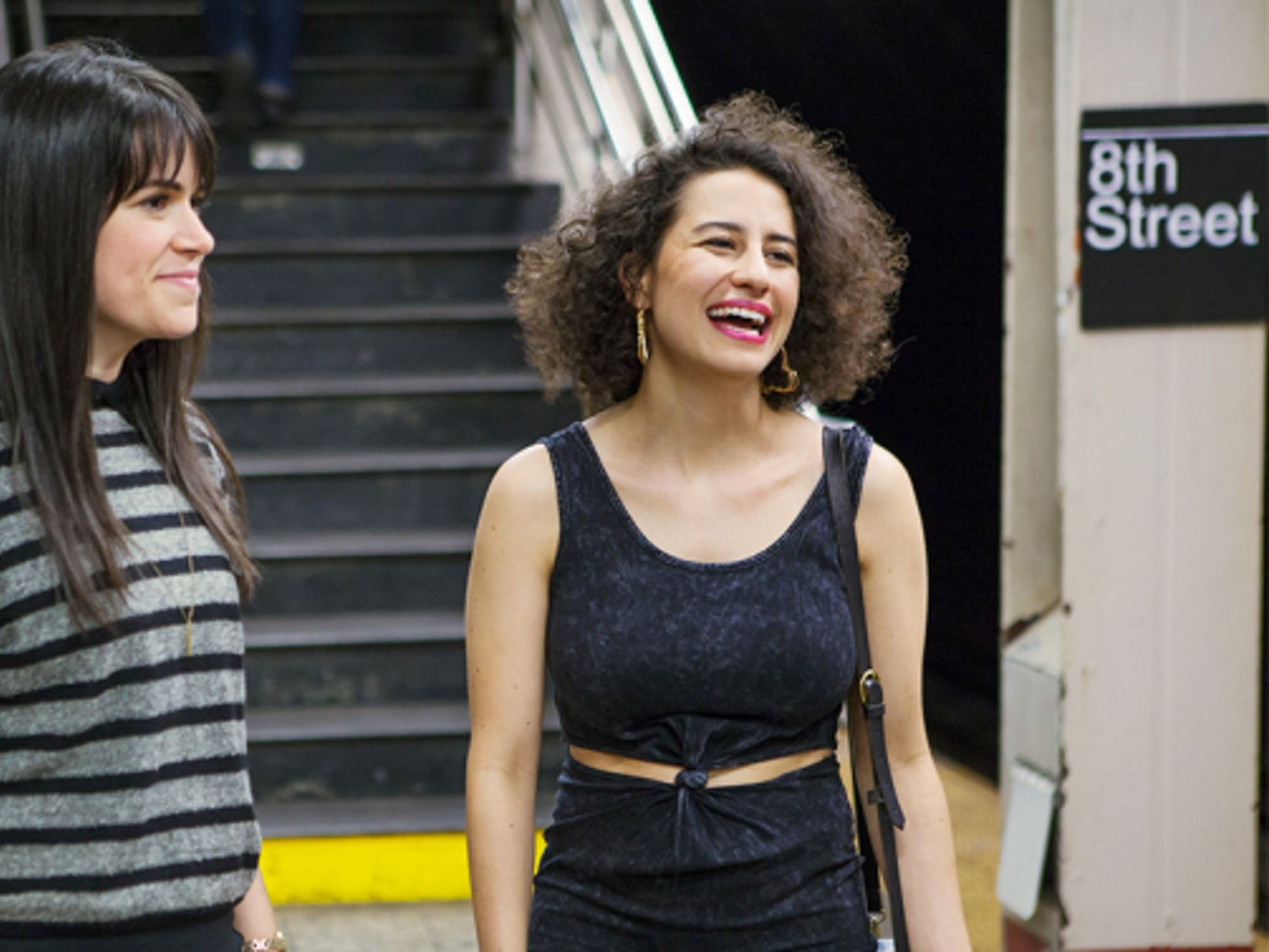 19 Things Confident Women Never Ever Do In A Friendship | Bustle
