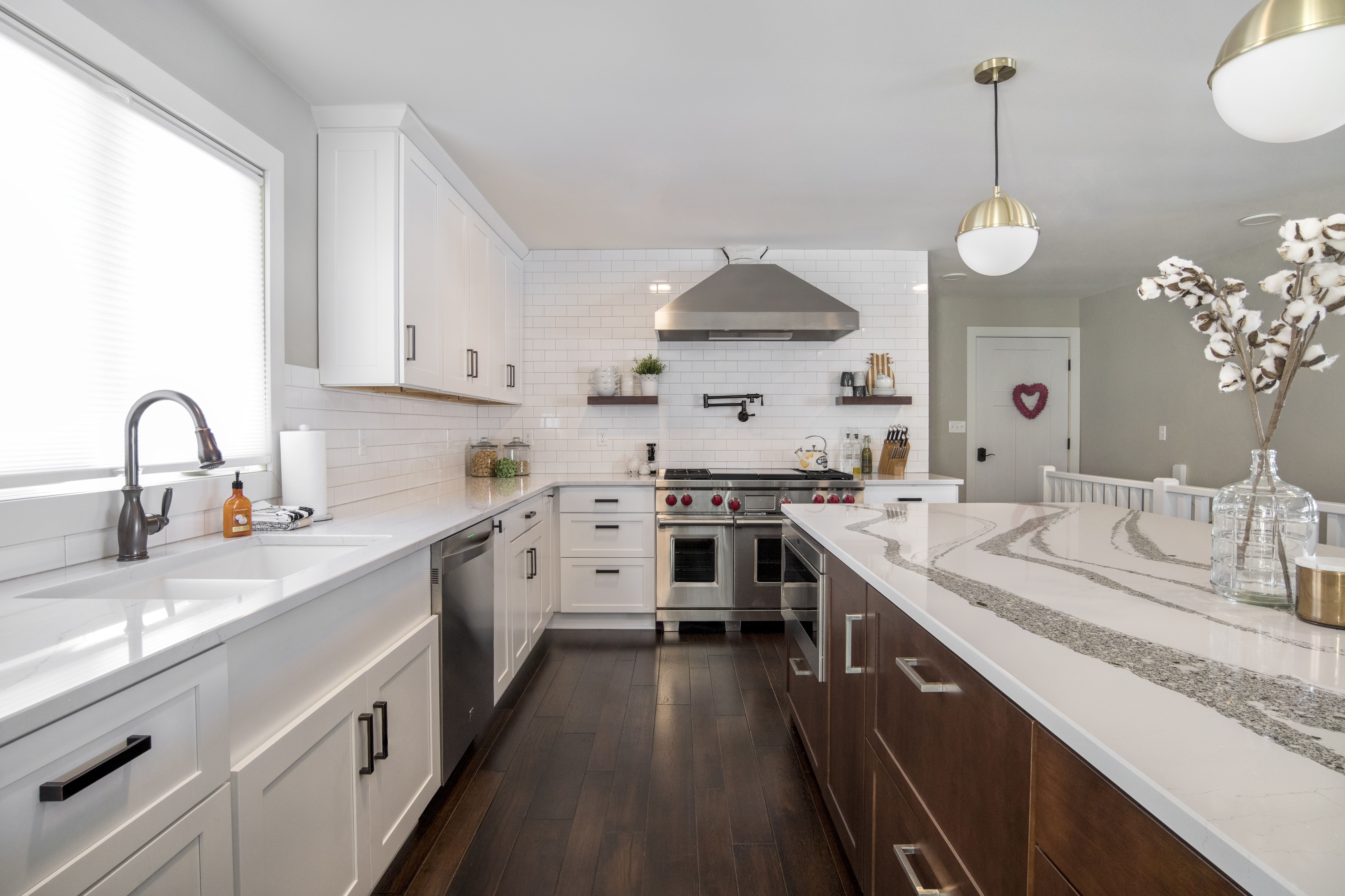 Take A Gander At These Gorgeous Cambria Quartz Countertops We