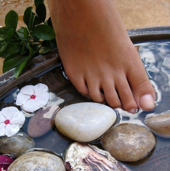 Hot Stone Foot Soak Reminds Me Of My Last Pedicure Years Ago