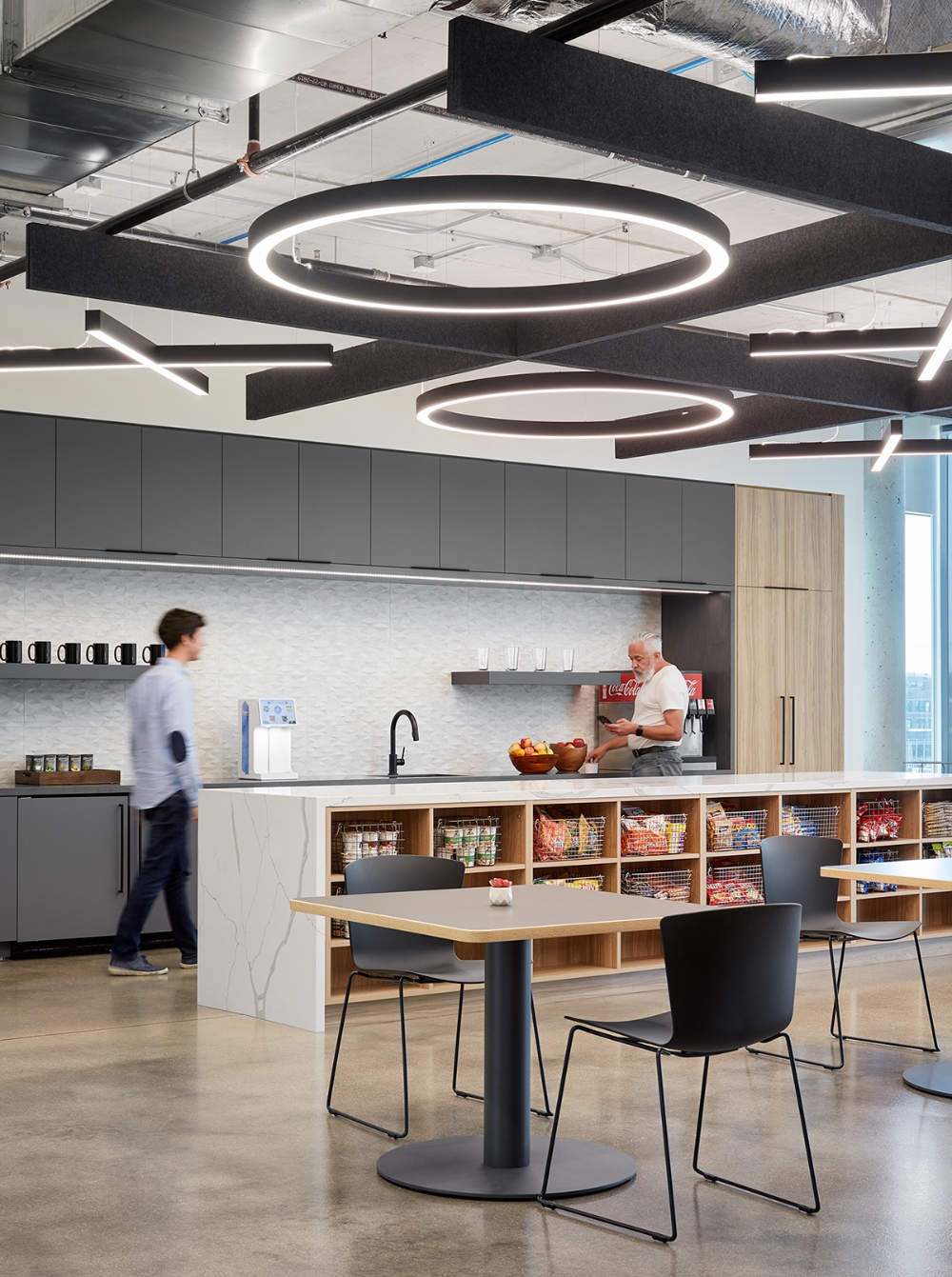 A Look Inside Servicenow S Sleek New Chicago Office Corporate