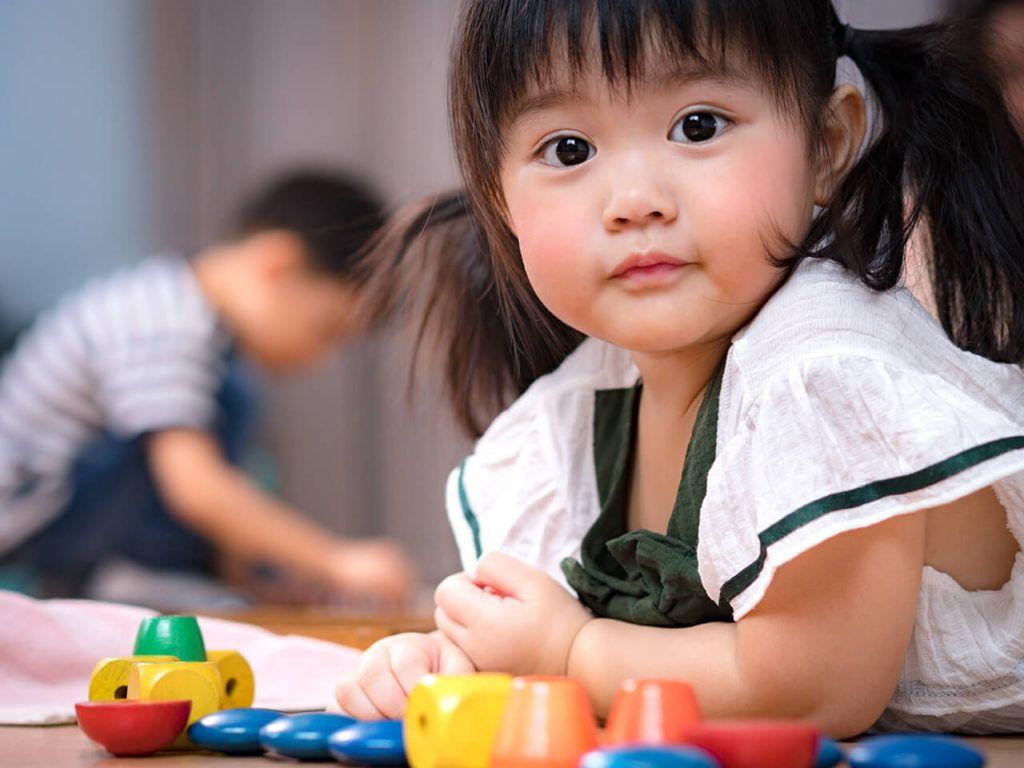 Mendidik Anak Anda Di Rumah Dengan Cara Montessori Kursus Online Untuk Anda Bonus Apakah Anda Tahu Banyak O Pertumbuhan Anak Montessori Sensorial Montessori