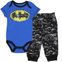 f993ef3a3c1 DC Comics Batman Camo Bat Signal With Matching Camo Pants Moda De Criança