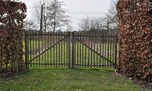 Portails Et Portillons De Jardin Le Bois De Châtaigner