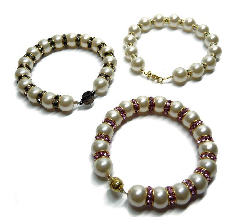 Rhooo Encore Un Bracelet Chic Et Elegant Bracelets Et Manchettes
