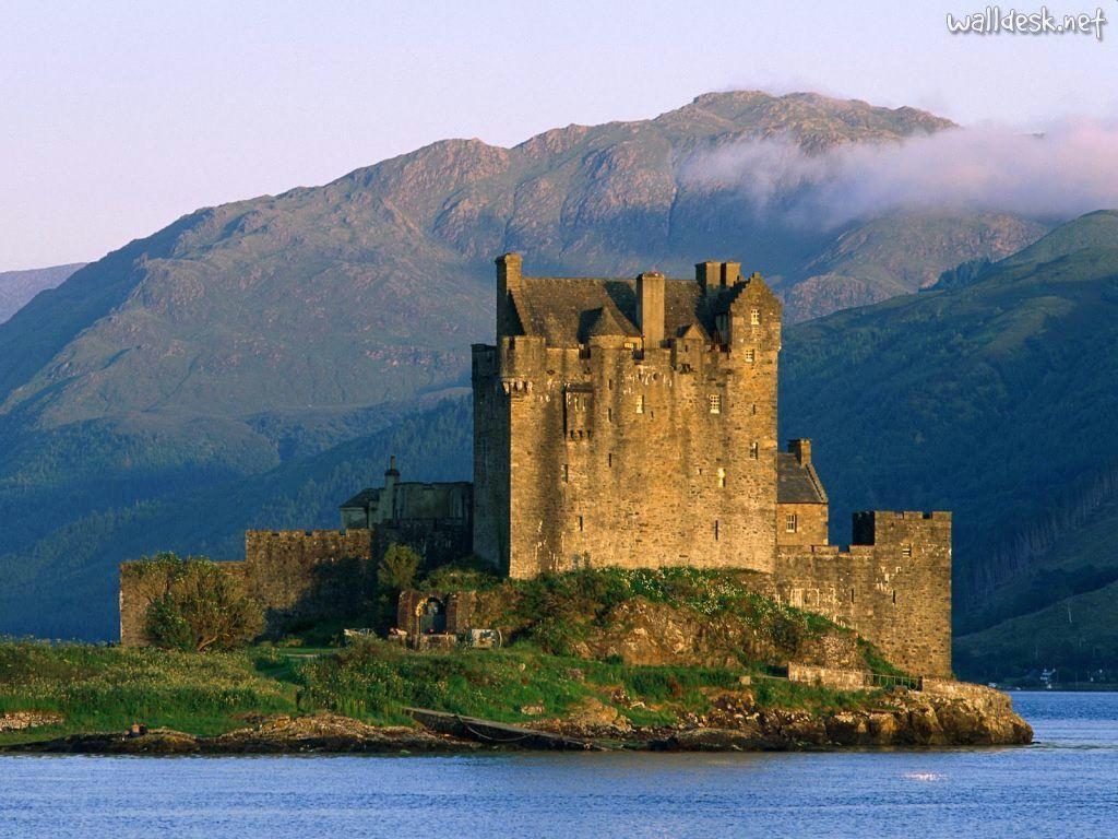 Eilan Donean Castle, Scotland