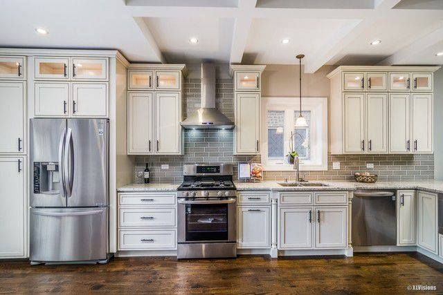 Pearl Maple Glazed (H9 (2020) | Glazed kitchen cabinets ...