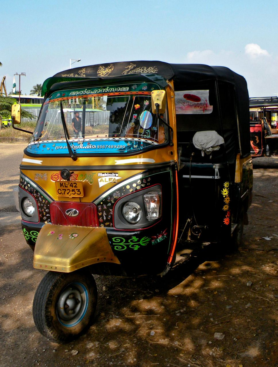 tuk tuk kochi rickshaw touktouk truks n taxi of india pinterest kochi india and. Black Bedroom Furniture Sets. Home Design Ideas