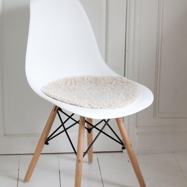 Photo of Sheepskin Seatpad – Swedish Curly  (Round) – Creams / 38CM