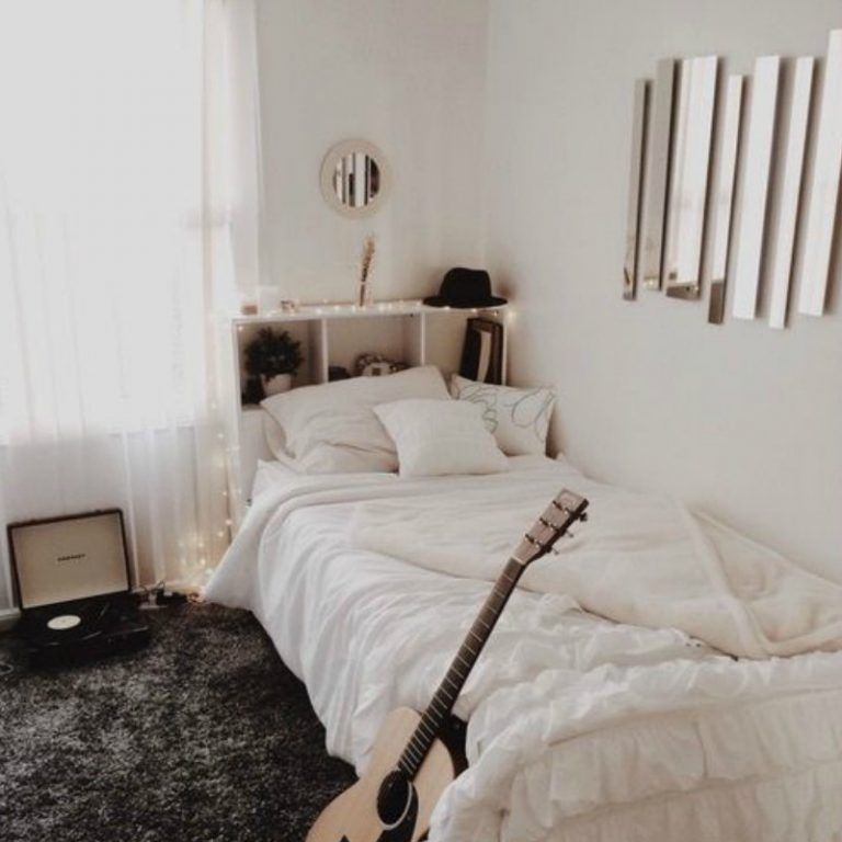 20 College Dorm Room Ideas To Channel Your Inner Minimalist With