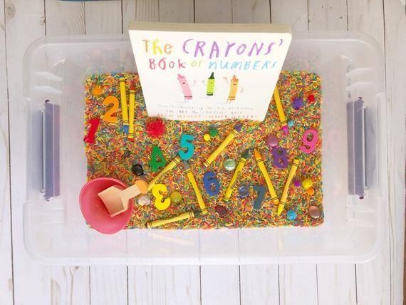 Rainbow Crayons Sensory Bin  Nummer Discovery Bin  Sensory Box  Kleinkind Aktiv   Products