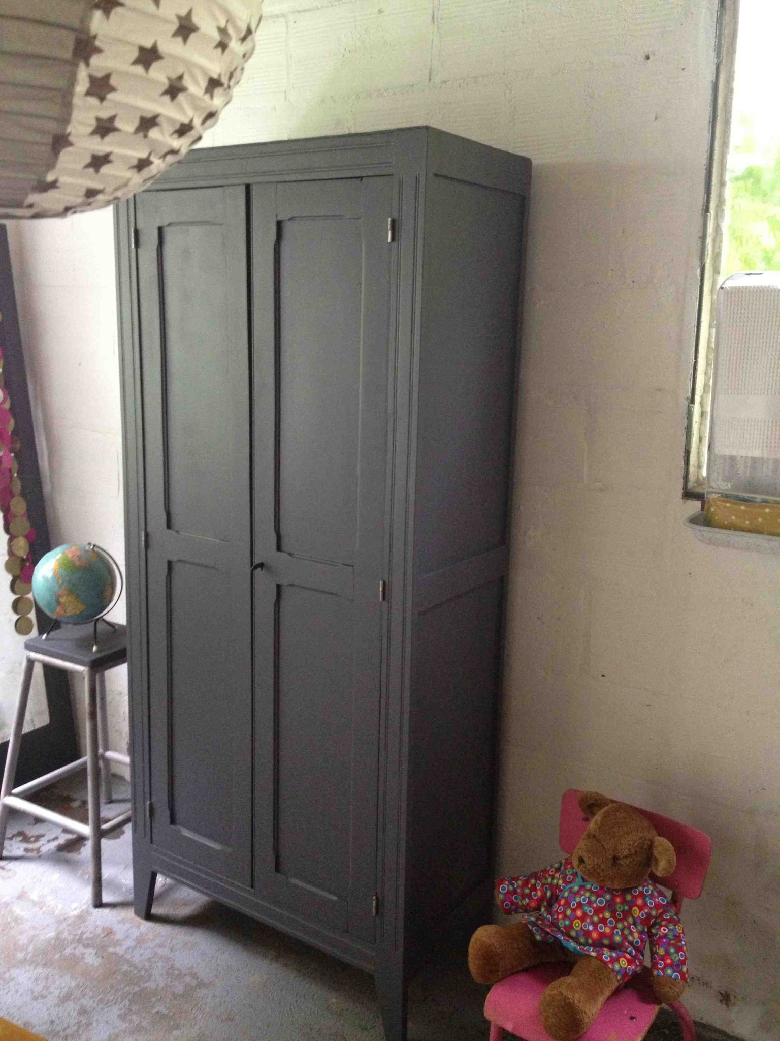 armoire parisienne gray home armoire wardrobe redo ideas pinterest armoires shaby chic. Black Bedroom Furniture Sets. Home Design Ideas