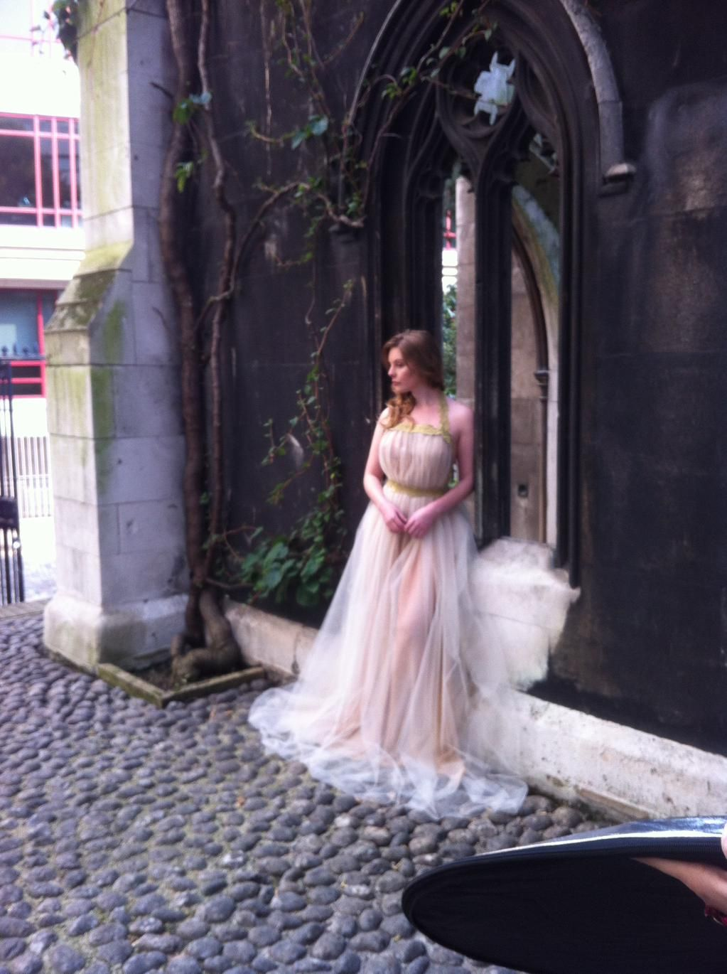 lovely photoshoot on saturday with the beautiful designs of @goshhy X X X pic.twitter.com/EubWYu4WV2
