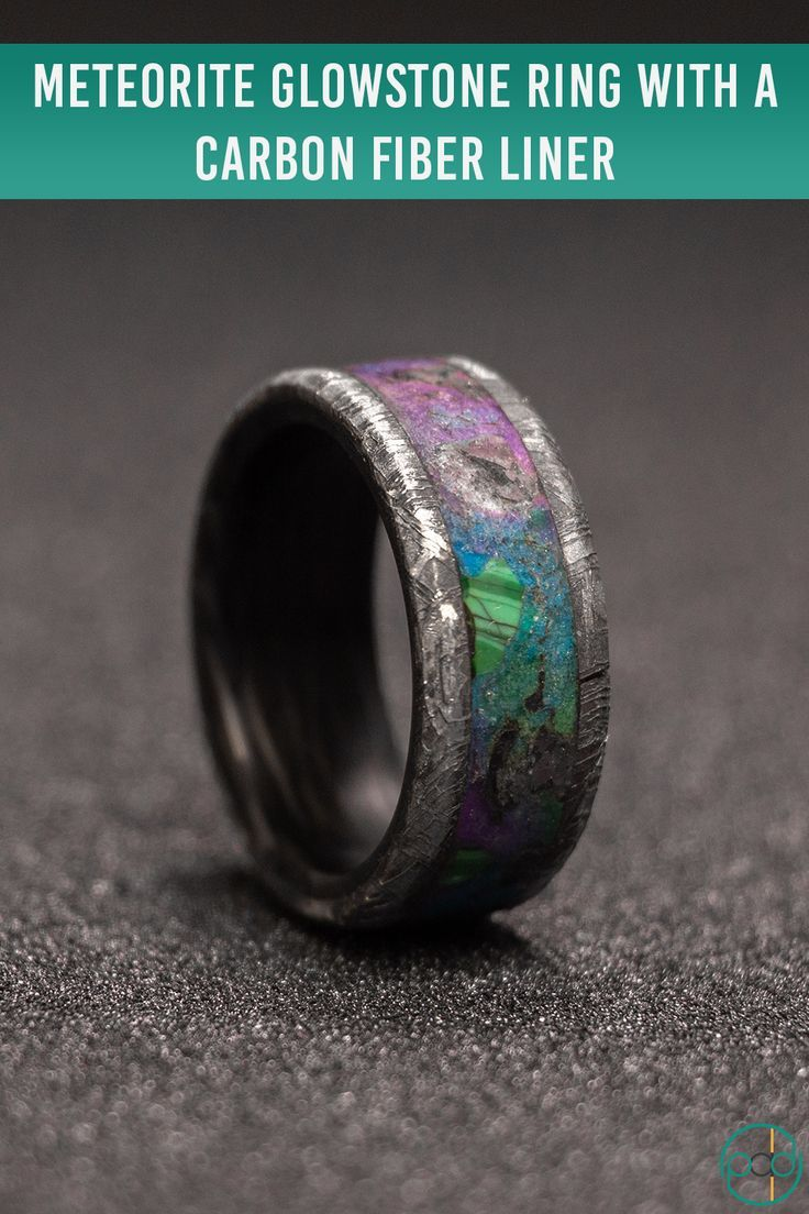 This Meteorite Glowstone Ring features the classic