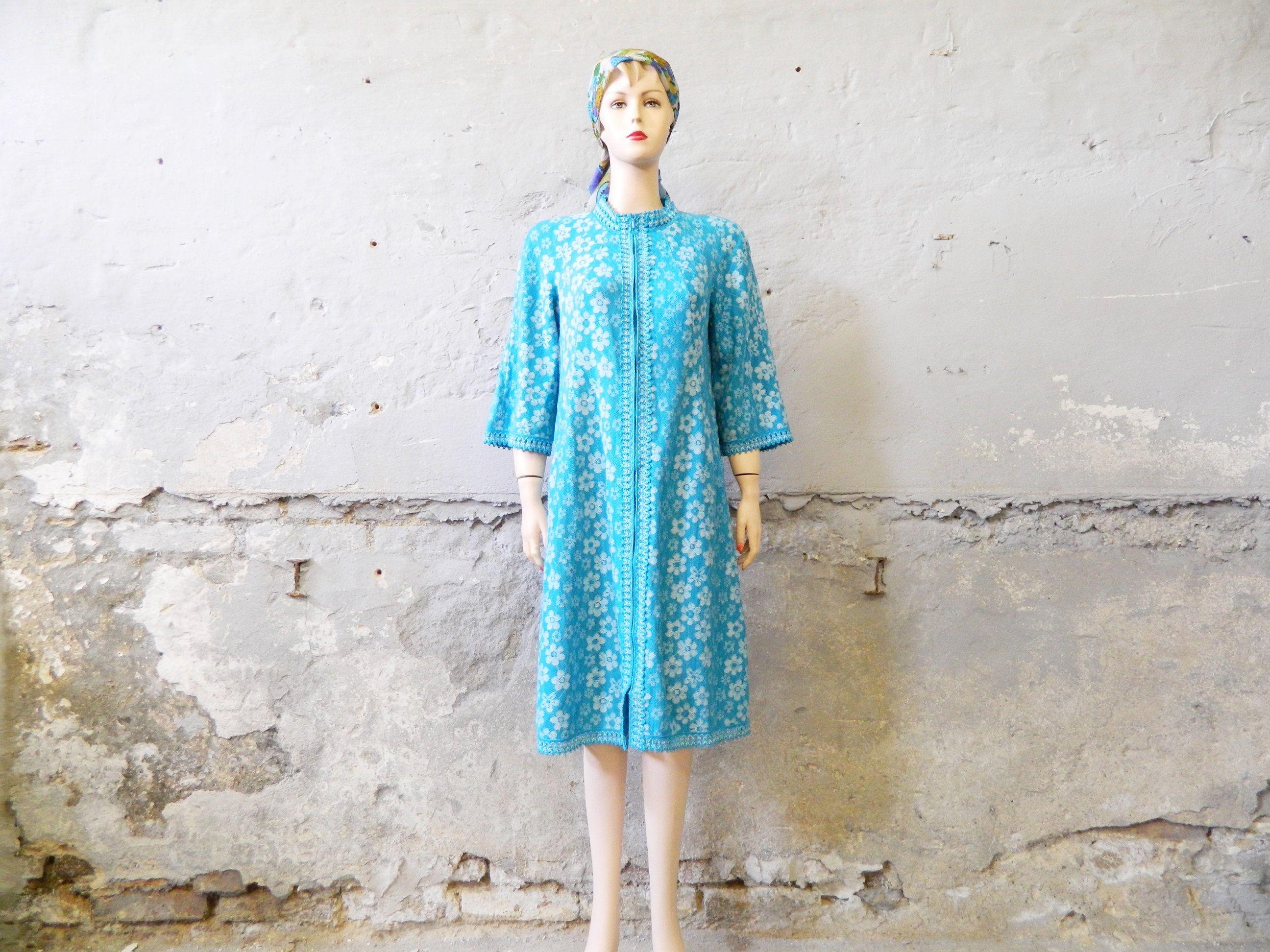 Hauskleid / vintage Kleid / 60er Jahre Kleid blau weiß ...