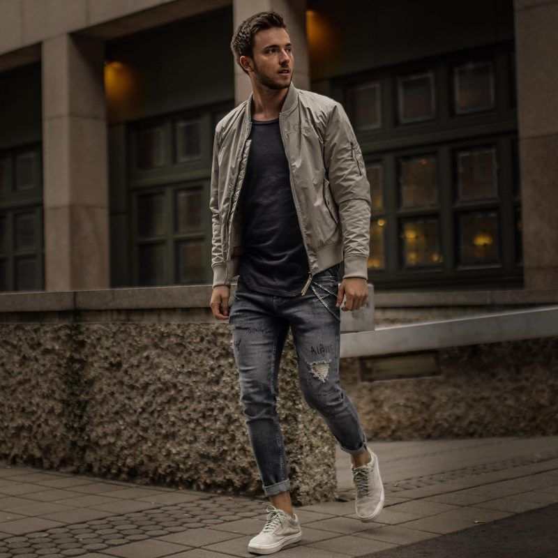 d035165610829 Best Men's Bomber Jackets Collection For This Fall 2018 25. Click image to  see more. #men #outfits #UrbanMenOutfits #mensfashion #mensguides #menswear  ...