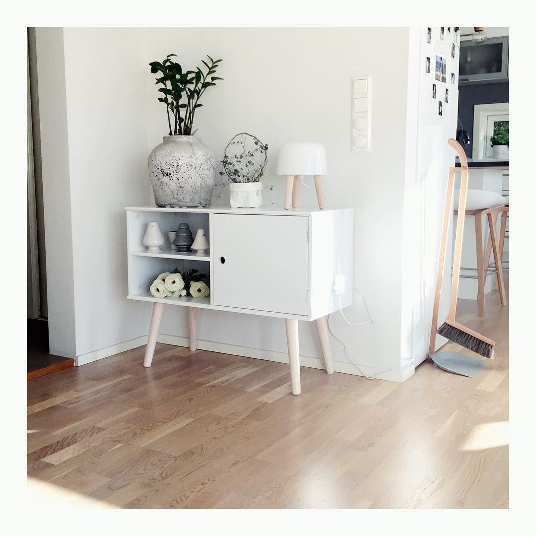 oplev cabinet livingroom jysk