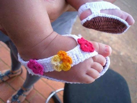 HOW TO CROCHET BABY SANDALS (blue and white), cute baby booties ...