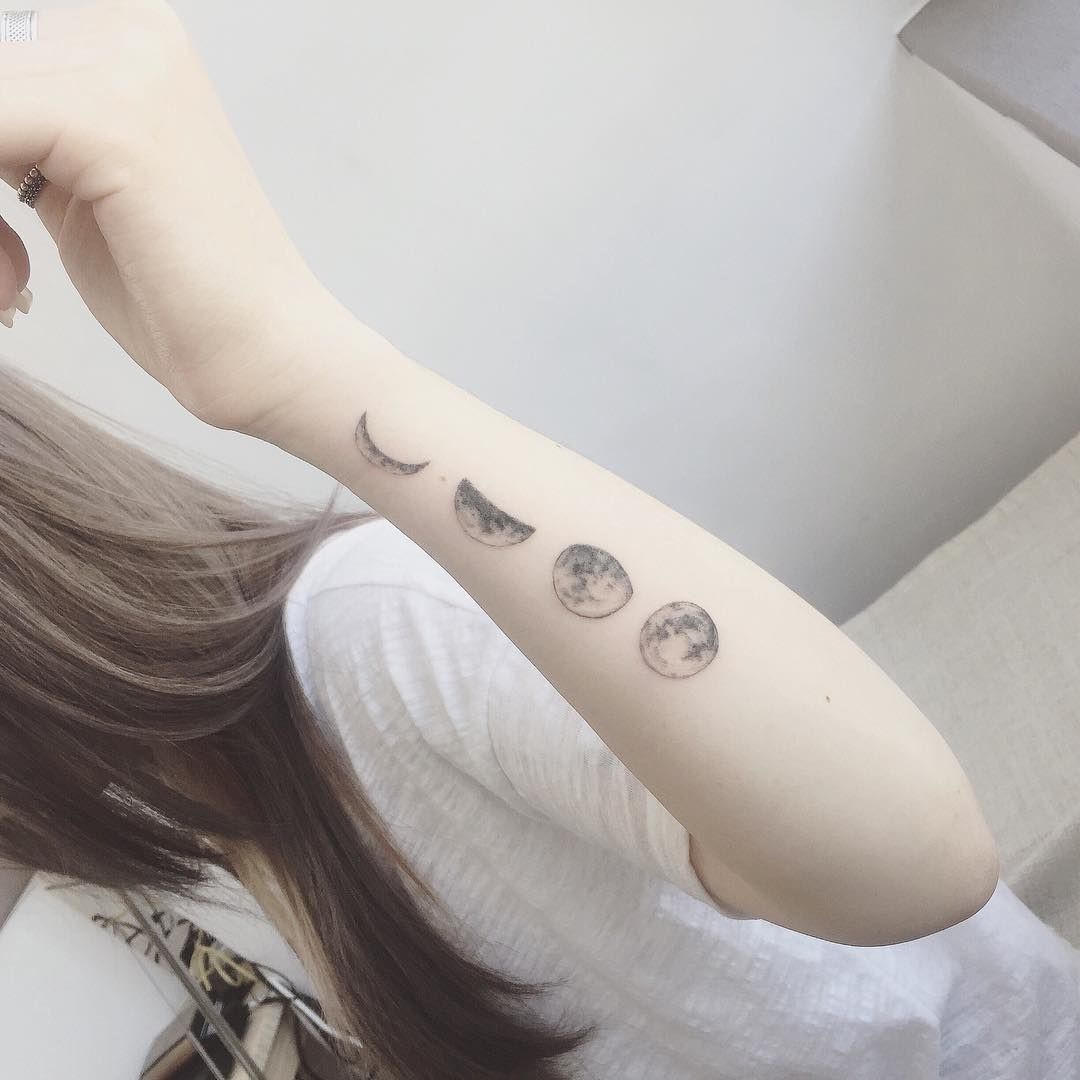 Moon phases tattoo tattspiration pinterest moon for Phases of moon tattoo