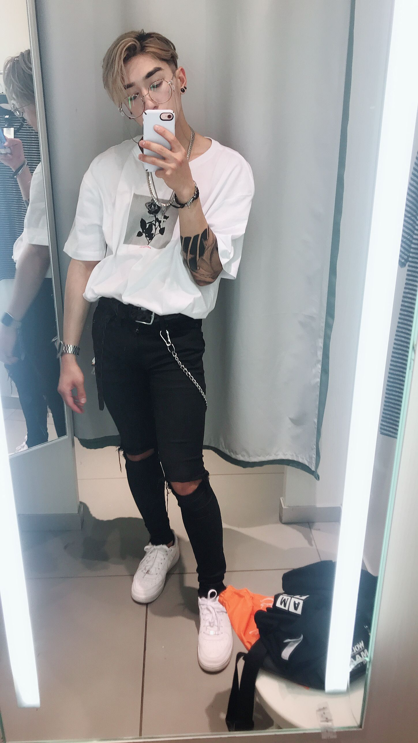 Nike Air Force 1, Ripped Jeans, Wallet Chain, Tattooed