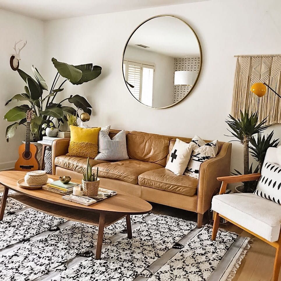 Since We Seem To Be Starting Off On A Musical Kick This Wee Apartment Room Small Apartment Decorating Small Apartment Living #showpiece #for #living #room