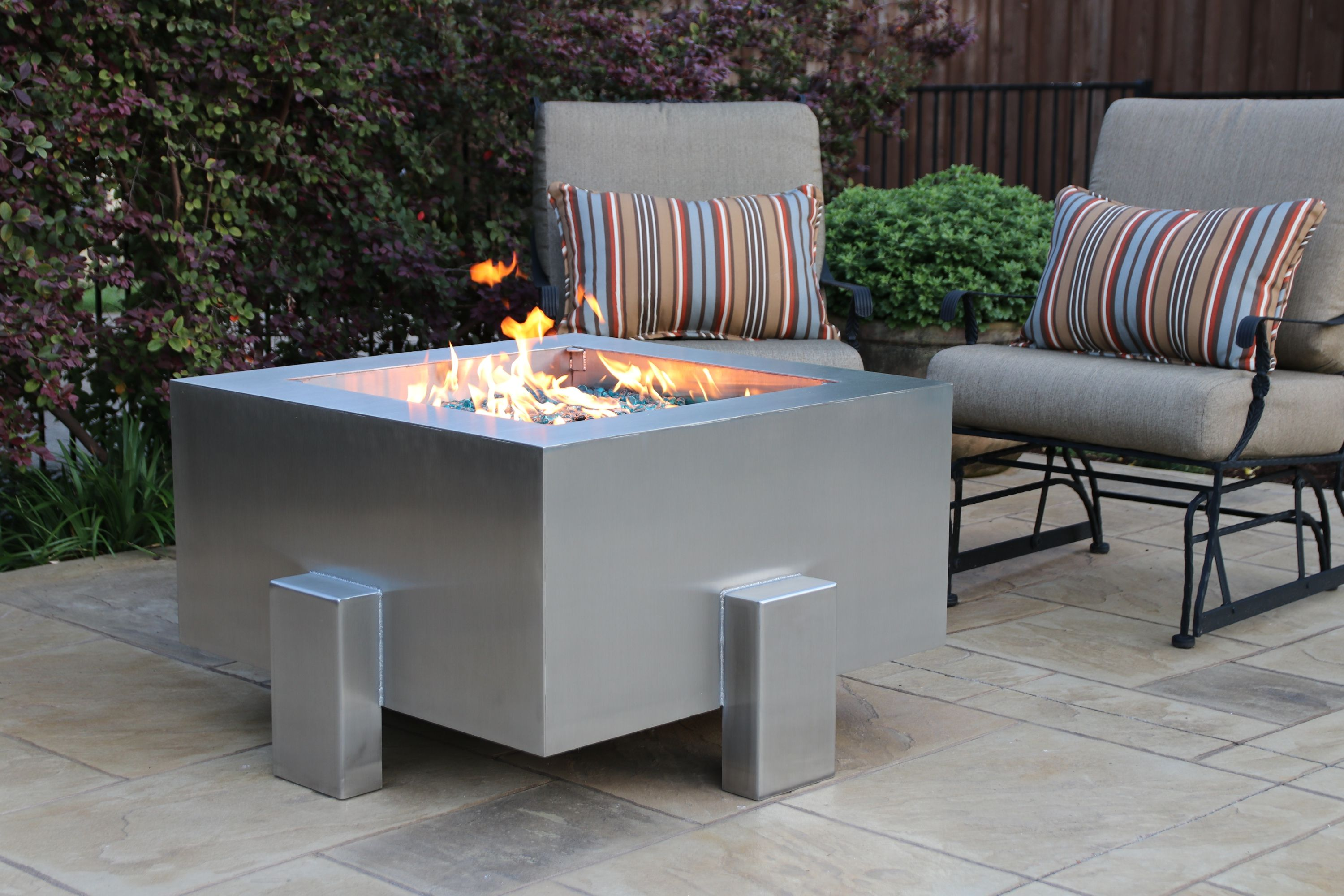 The New Legato Stainless Steel Fire Pit From Bentintoshape Net Features 11 Ga Stainless Steel Stainless Steel Fire Pit Electric Fire Pit Contemporary Fire Pit