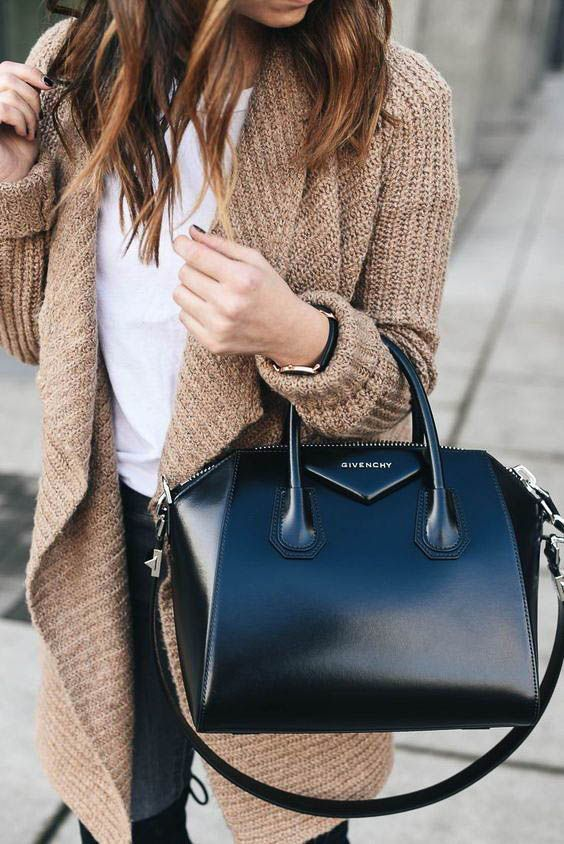 17 Chic Tote Bags for Work #bag