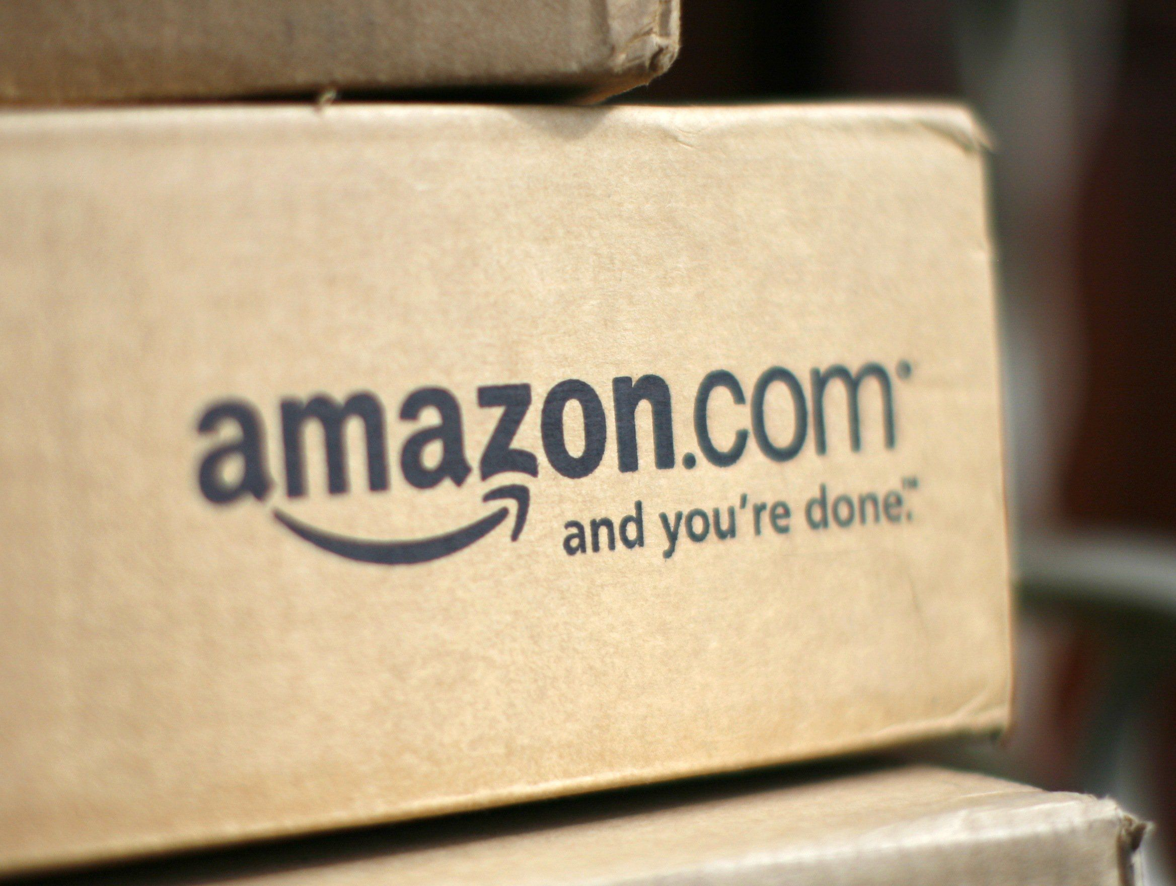 Amazon lures investors back from Alibaba - http://goo.gl/7oWQKU