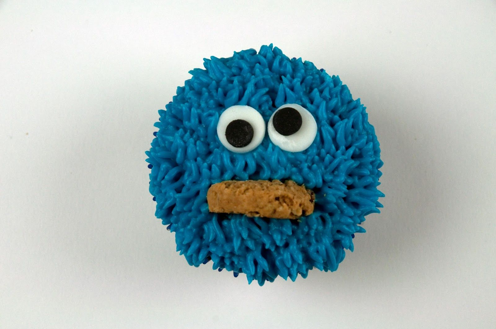 Cookie monster cupcake cookie monster cupcakes monster