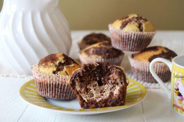 I muffin senza glutine sono stati una piccola sfida che mi ero prefissa, realizzare dei dolcetti adatti ai miei amici celiaci che non partissero da una ricetta che prevedeva un mix di farine già compo