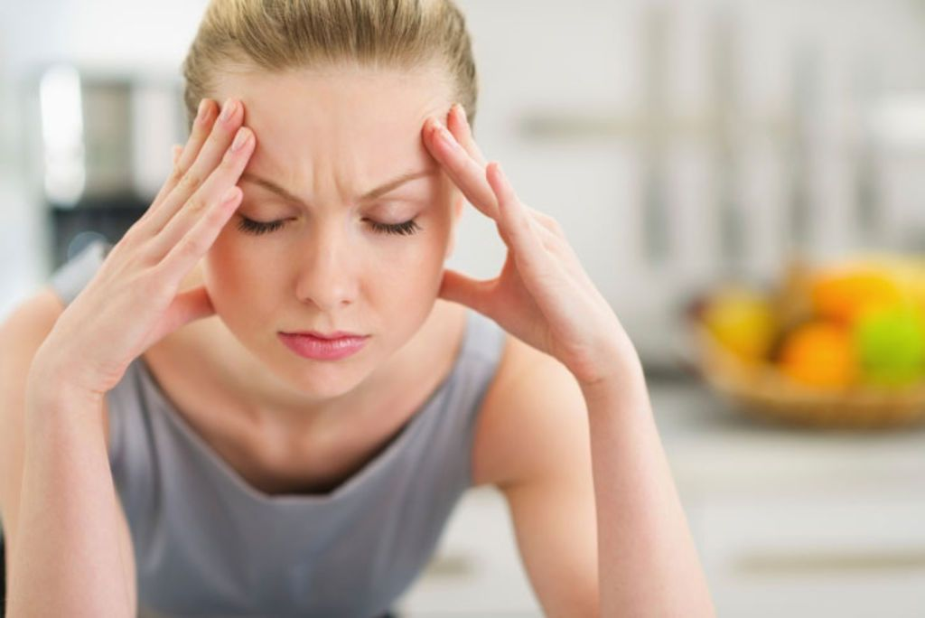Mal de tête : 4 remèdes naturels prêts en 3 minutes