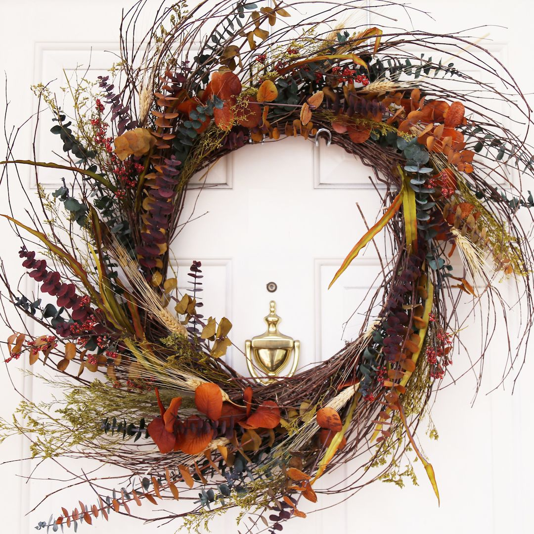 """How To Make You Own Harvest Wreath"" 