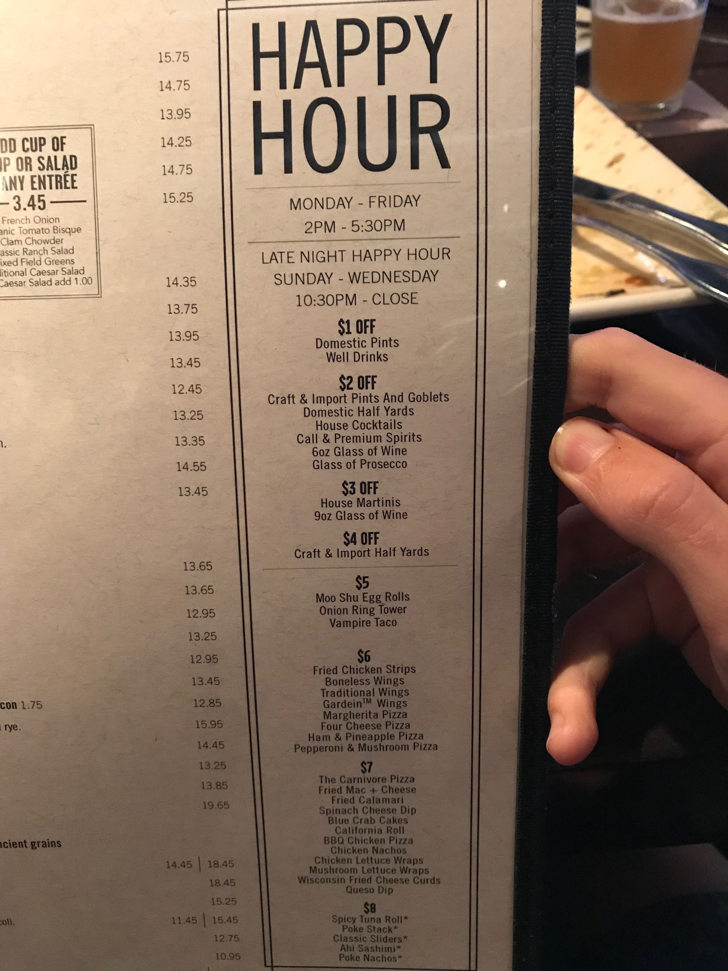 Yard house Waikiki happy hour Oahu things to do, Ala