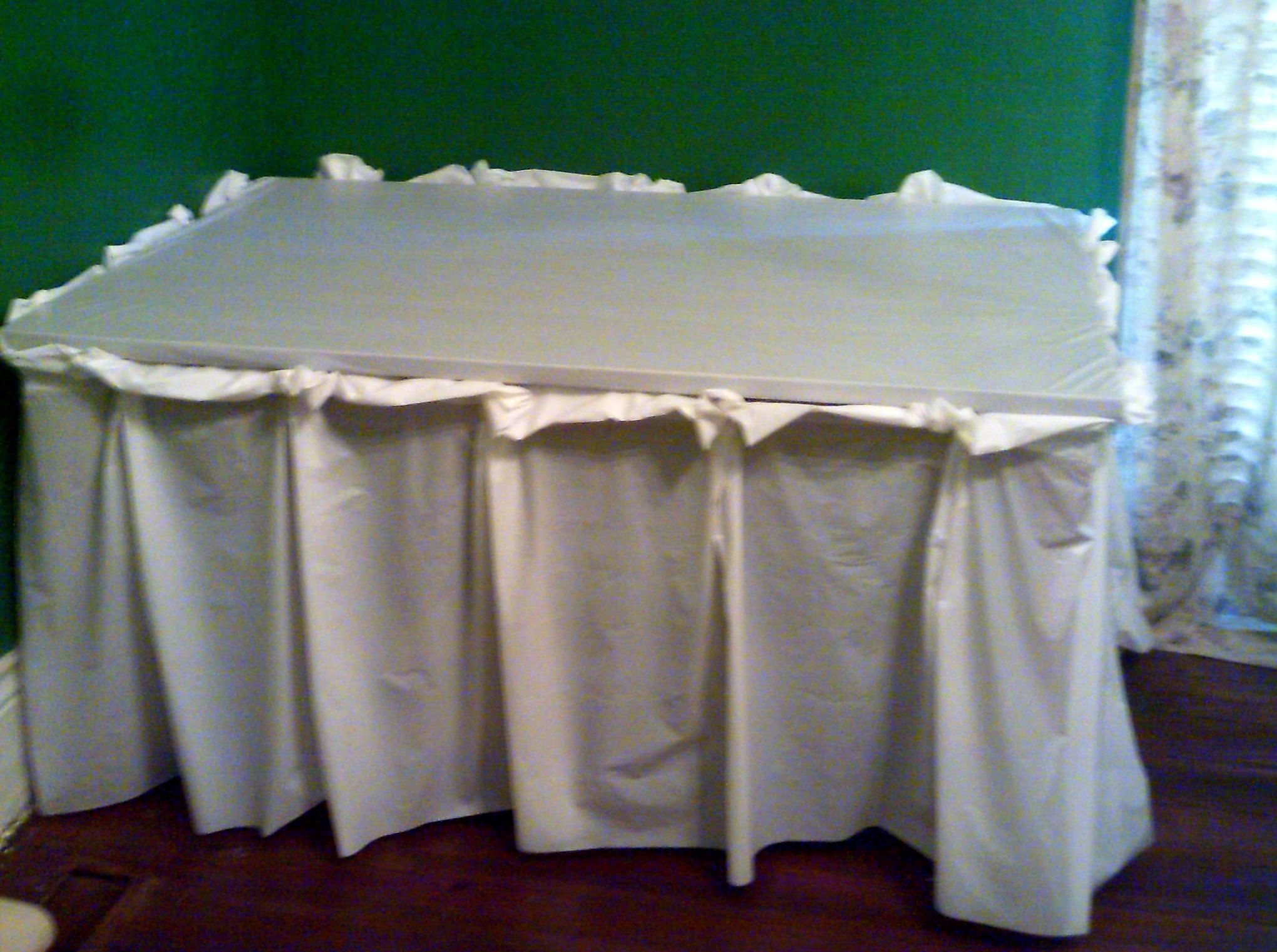 How to make a fabric table cover - Diy Kts Idea Tested French Pleat No Sew Table Skirt Using