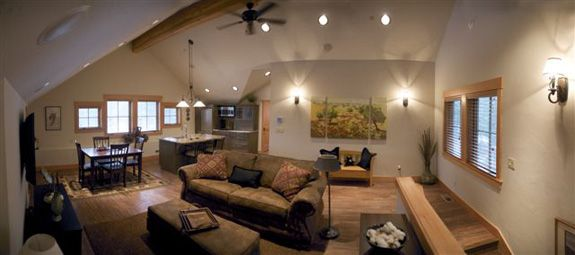 Guest apartment above garage country classic log - Interior pictures of garage apartments ...