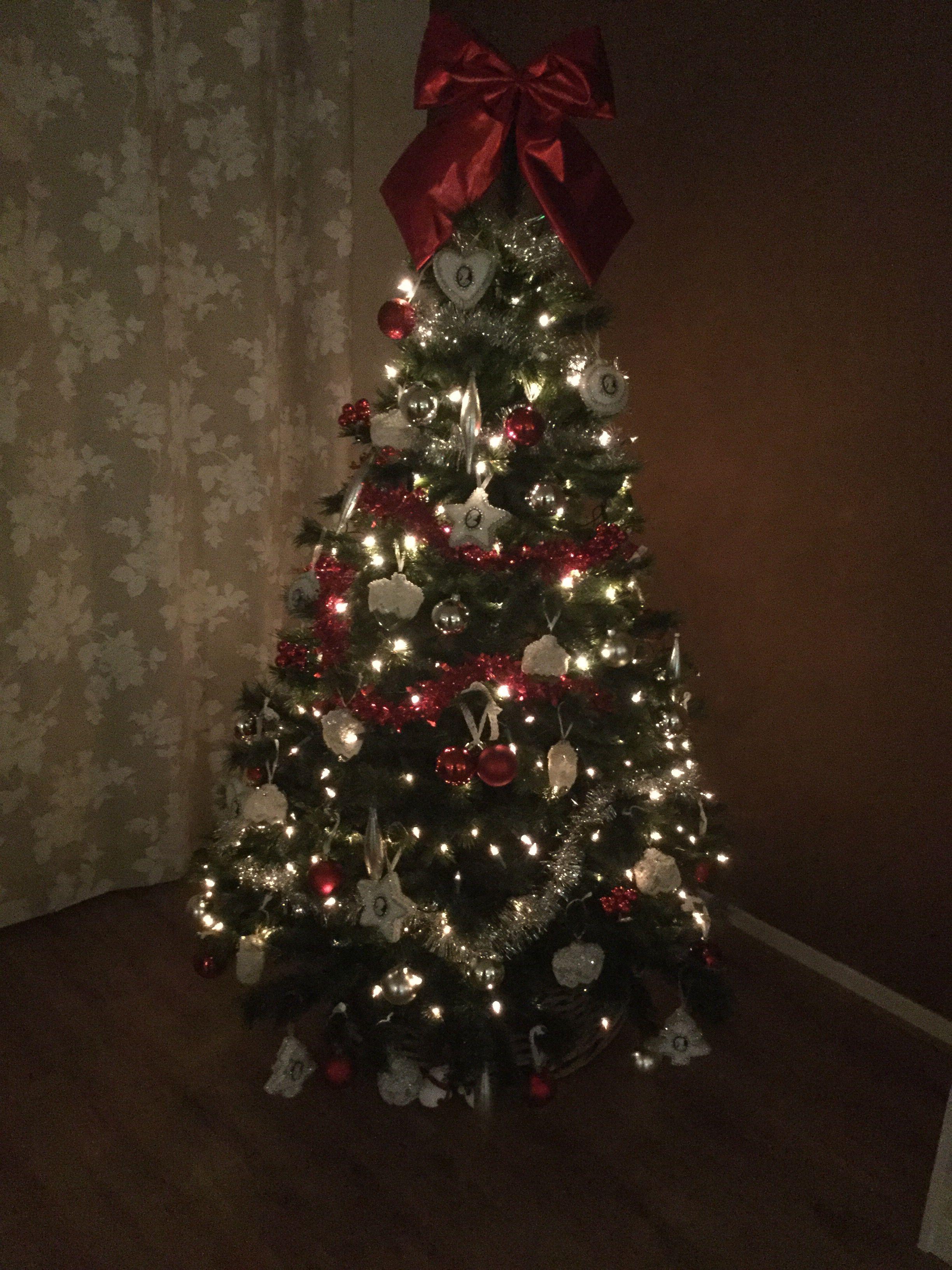 Kerstboom 2015 Rood Wit En Zilver Kerst Kerstboom
