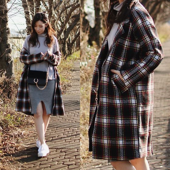 Get this look: http://lb.nu/look/8009360  More looks by Mizuho K: http://lb.nu/xoxohilamee  Items in this look:  Plaid Coat, Cross Body Bag, Newchic Highneck Sweater   #casual #chic #street