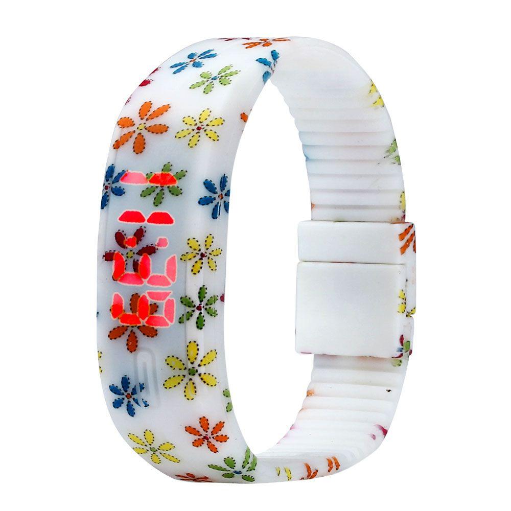Encontrar Más Relojes deportivos Información acerca de Relojes de silicona Floral mujeres reloj de pulsera del deporte mujeres del reloj Digital de goma fecha LED reloj Relojes relógio Feminino, alta calidad ver organizador, China Los relojes de software Proveedores, barato banda de pulsera de Shenzhen Sunshine Wholesale Co.,Ltd en Aliexpress.com