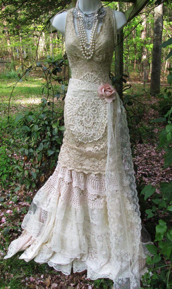 Vintage lace mermaid bohowedding dress cream ecru tulle
