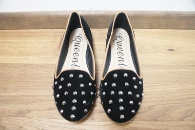 HIER KAUFEN: Studded Loafers
