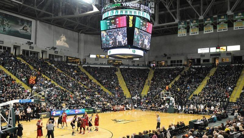 Raiders To Host Santa Clara Wednesday 2012 2013 Season Wsubasketball Basketball Games For Kids Wsu Basketball Evansville