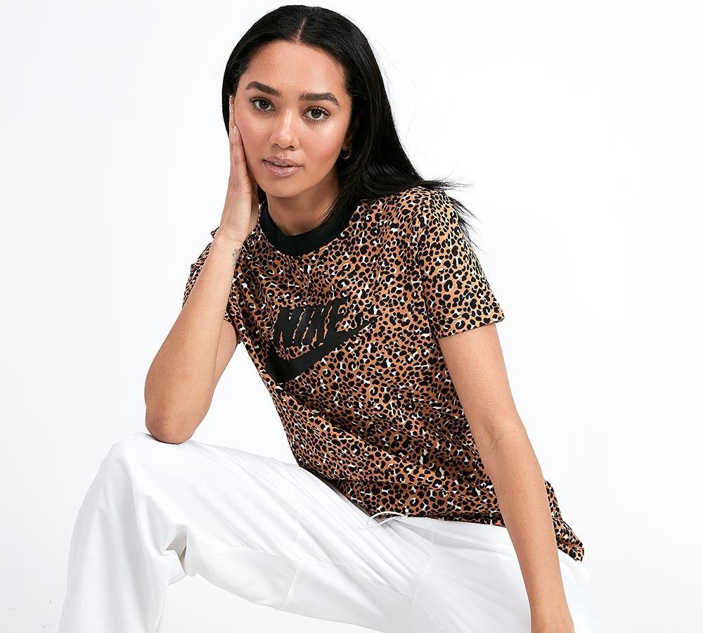 Nike Womens Leopard Print T Shirt Desert Ochre Black Footasylum Print Shirts Women Leopard Print Sweatshirt Printed Sweatshirt Women [ 900 x 1000 Pixel ]