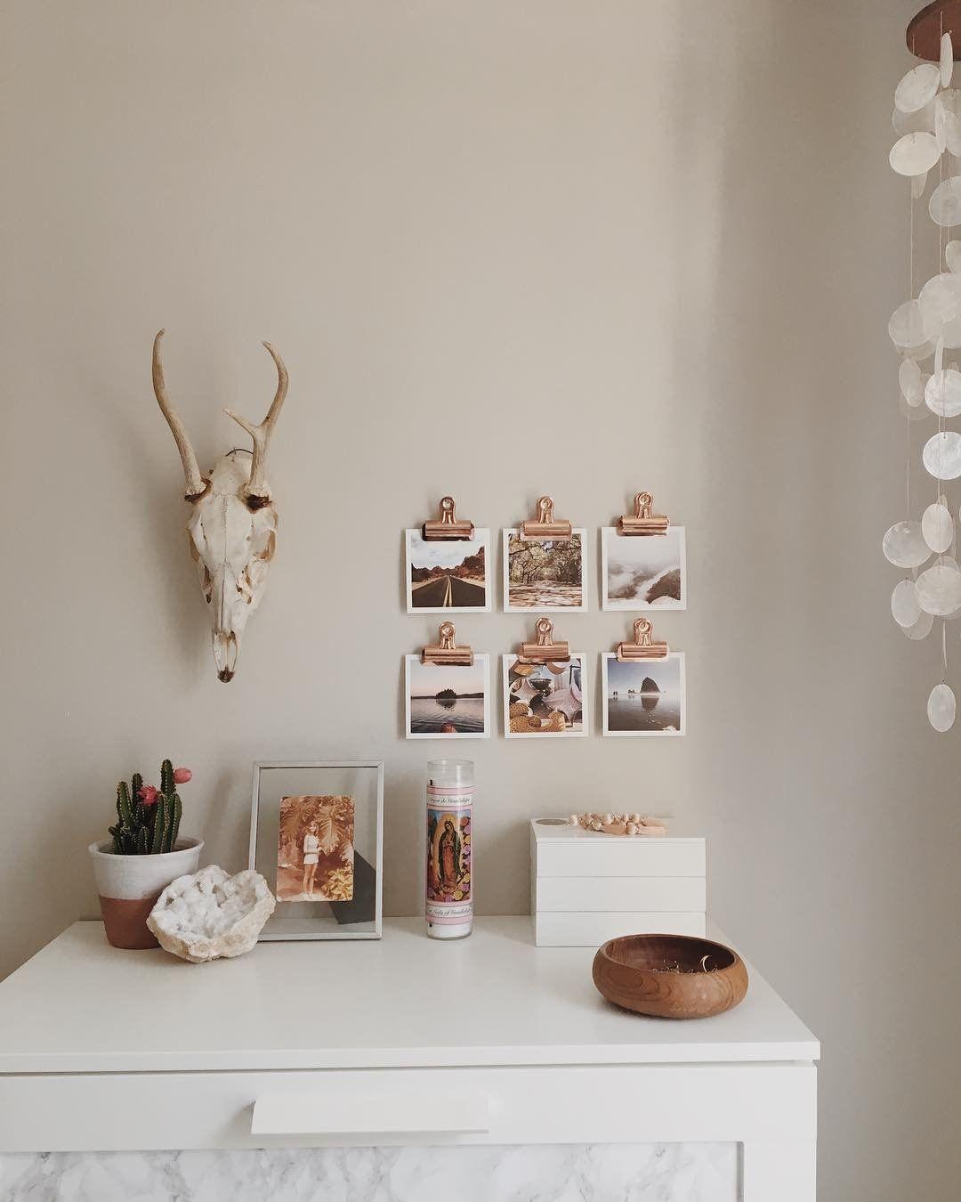 Nice and simple interior wall design livingroom handmade interiors interiordesign interiordesignideas design decor designideas architecture