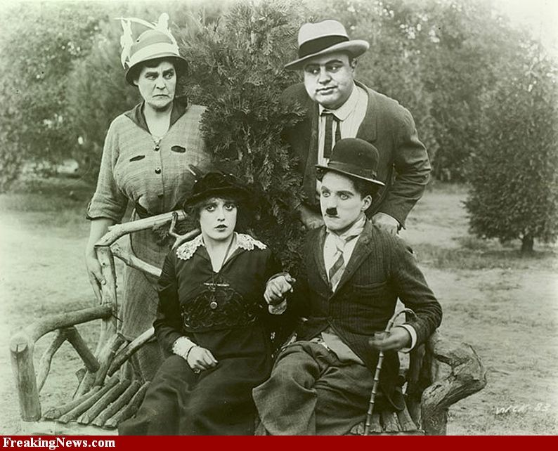 al capone , Charles Chaplin love how everyone looks ...