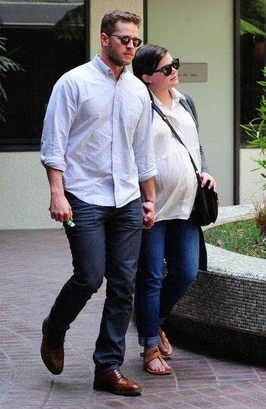 Pregnant Ginnifer Goodwin and husband Josh Dallas stop by a medical clinic for a check up in Beverly Hills, California on May 8, 2014.