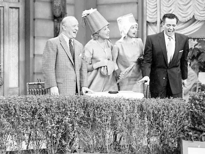 I Love Lucy: Season 5, Episode 20 Lucy Gets a Paris Gown (19 Mar ...