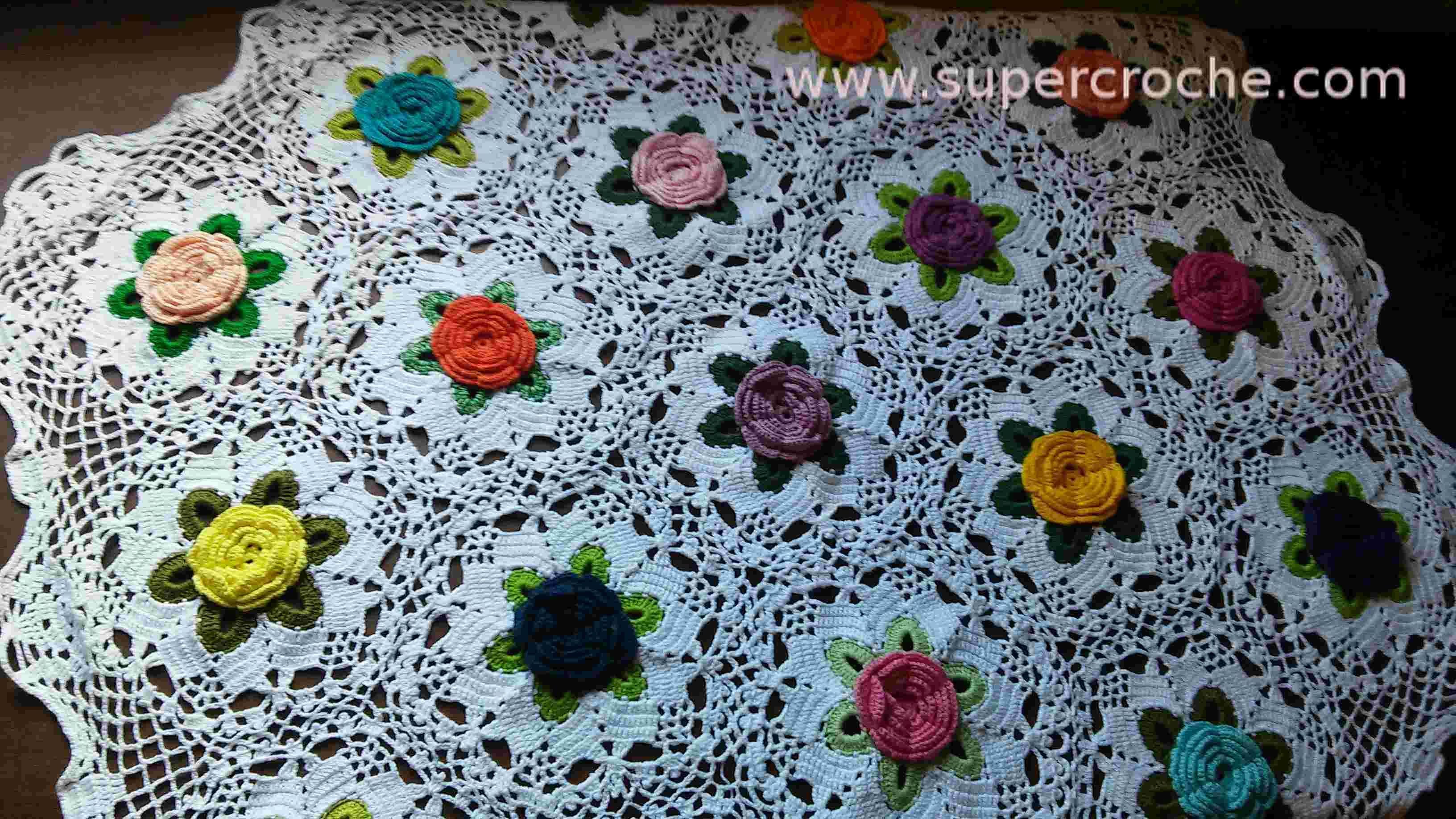 Supercroche Toalha de Mesa em croche - Jardim Florido
