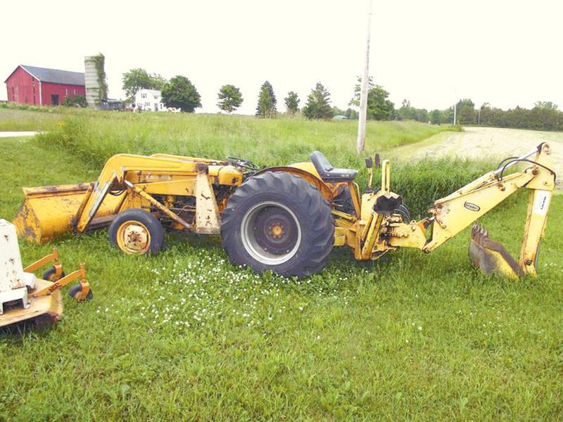 $5000   hp=185???    Massey-Ferguson 202 Tractors in
