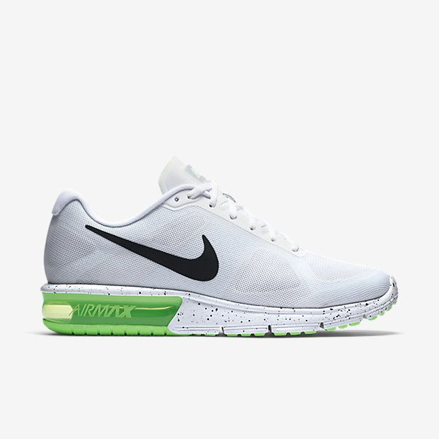 A BREATHABLE, RESPONSIVE RIDE. The Nike Air Max Sequent