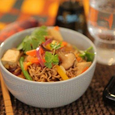Tofu-kasvisvokki